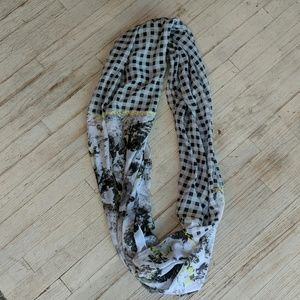 Cejon Accessories - Lightweight Infinity scarf